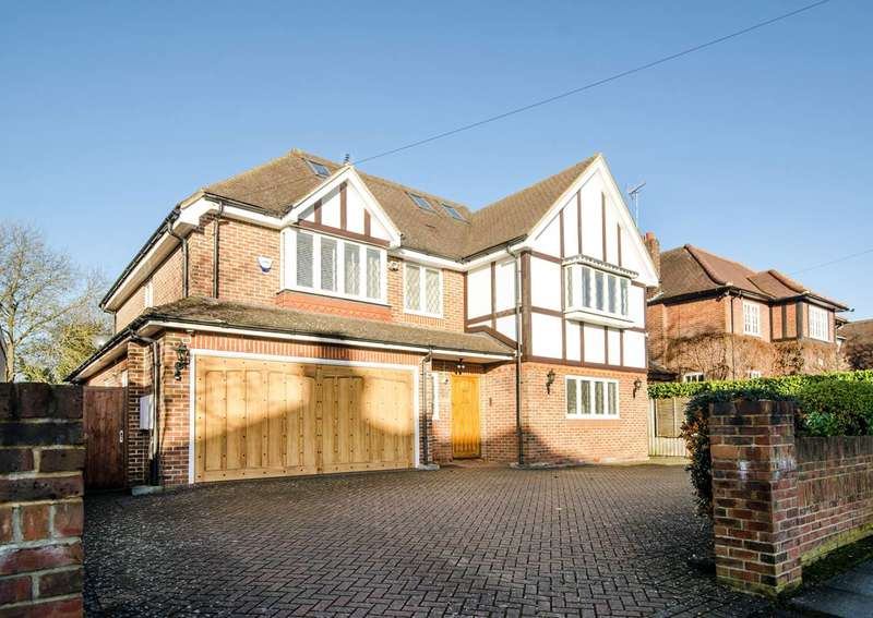 6 Bedrooms House for rent in Hillview Road, Hatch End, HA5