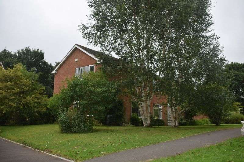 Property for sale in Garland Way, Bournville Village Trust (BVT) PRICE REDUCED