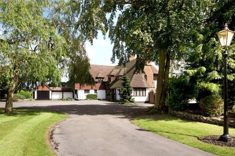 5 Bedrooms Detached House for sale in Fulmer Road, Gerrards Cross, Buckinghamshire, SL9