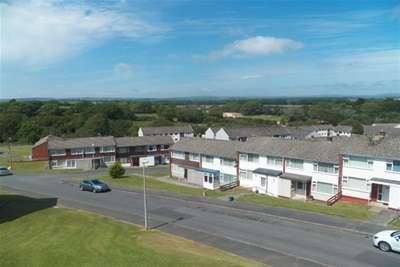 2 Bedrooms Flat for rent in Harrier Road, Haverfordwest