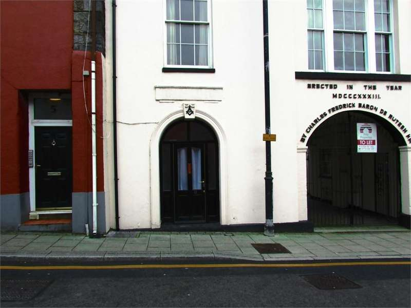 Studio Flat for sale in 11 De Rutzen, Market Street, Narberth, Pembrokeshire