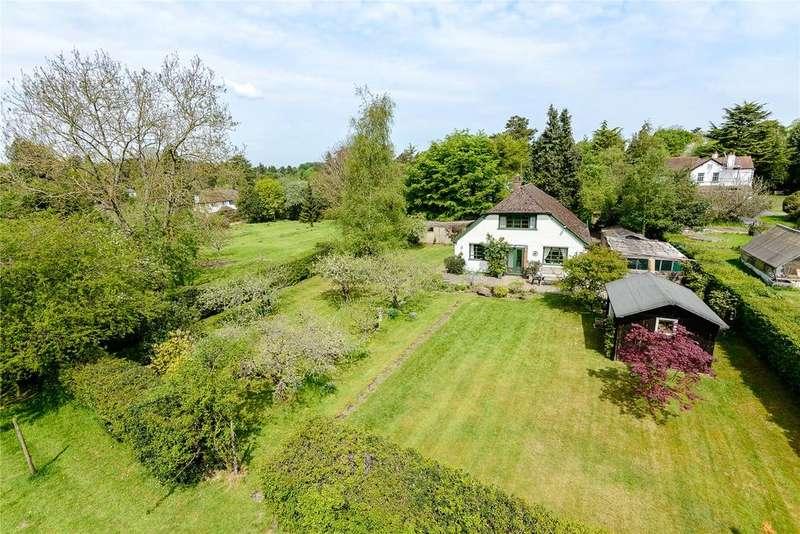 4 Bedrooms Detached House for sale in Nottingham Road, Heronsgate, Rickmansworth, Hertfordshire, WD3