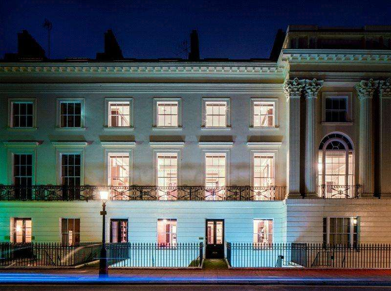 8 Bedrooms Mews House for sale in Cornwall Terrace, Regent's Park, London, NW1
