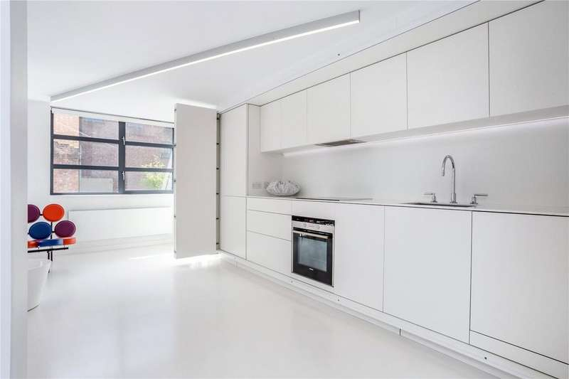 2 Bedrooms Flat for sale in Dallington Street, Clerkenwell, London, EC1V
