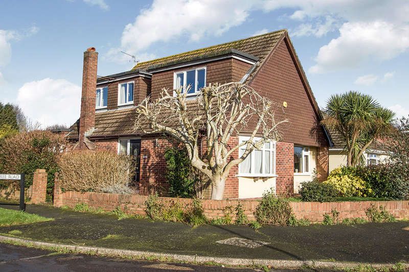 4 Bedrooms Detached House for sale in Sandyfield Crescent, WATERLOOVILLE, PO8