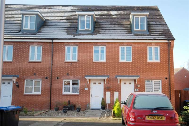 3 Bedrooms Terraced House for sale in Barnaby Road, RUGBY, Warwickshire