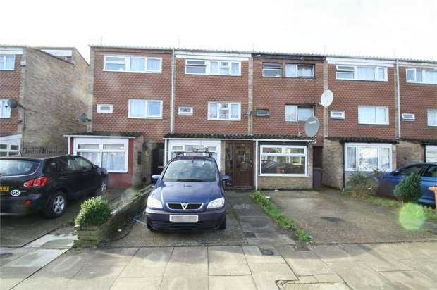 4 Bedrooms Terraced House for sale in Westbury Road, Barking, Essex