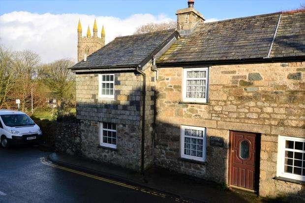 2 Bedrooms Semi Detached House for sale in St. Cleer, Liskeard, Cornwall