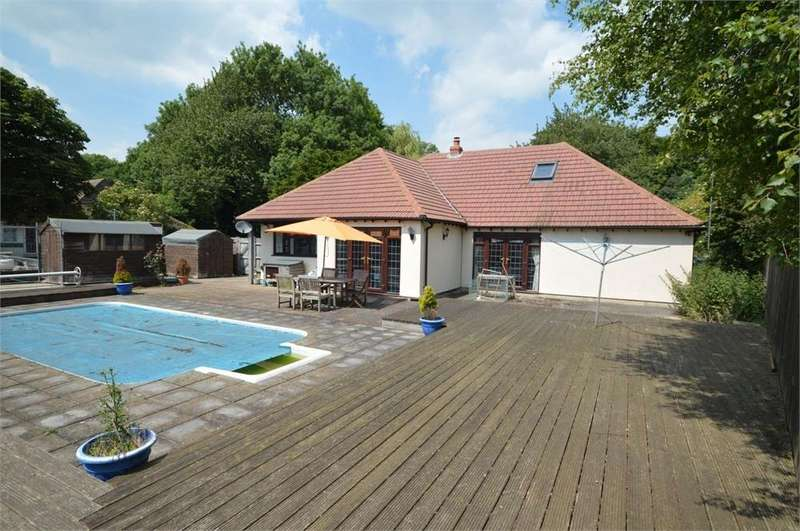 4 Bedrooms Detached Bungalow for sale in Sun Hill, Fawkham