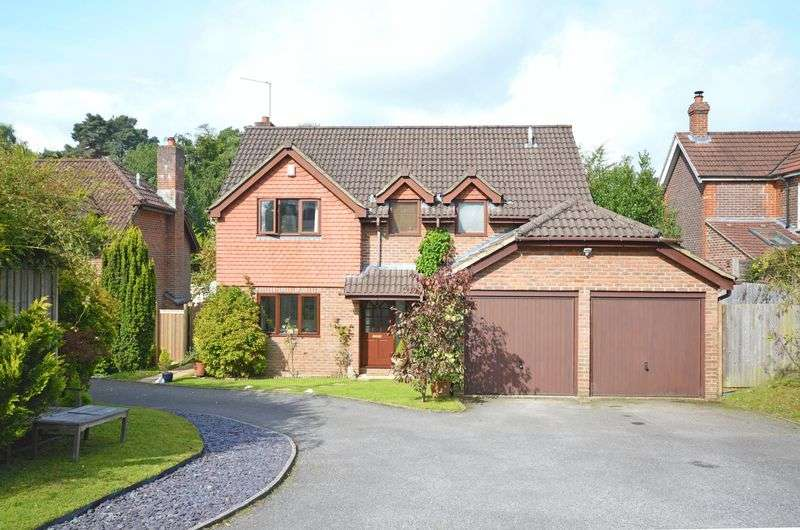 4 Bedrooms Property for sale in Southview Road, Headley Down