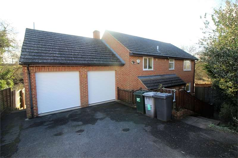4 Bedrooms Detached House for sale in Cowper Way, Southcote, READING, Berkshire