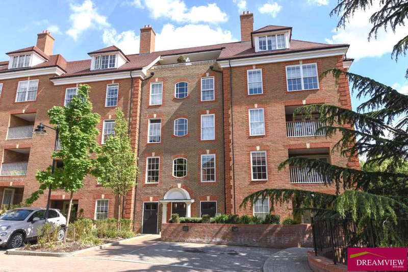 2 Bedrooms Apartment Flat for sale in PETUNIA COURT, ASHRIDGE CLOSE, FINCHLEY, LONDON, N3