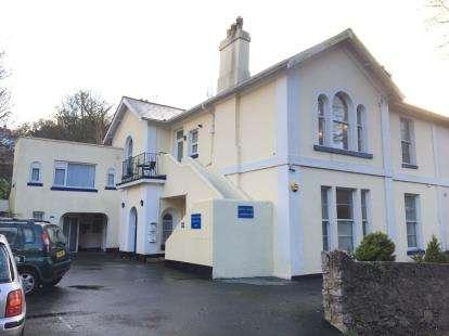 2 Bedrooms Flat for sale in Torquay, Devon