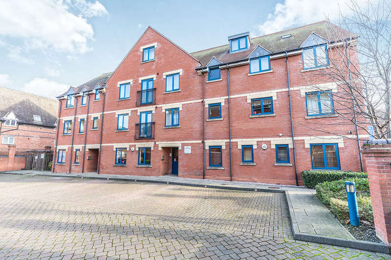 1 Bedroom Flat for sale in Magdala Court The Butts, Worcester, WR1