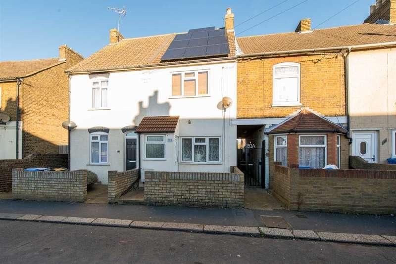 2 Bedrooms Terraced House for sale in Shortlands Road, Sittingbourne