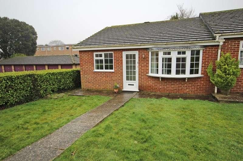 2 Bedrooms Bungalow for sale in Herbert Road, New Milton