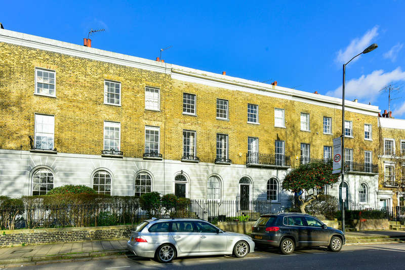 2 Bedrooms Flat for sale in St Paul's Road, N1 2QN