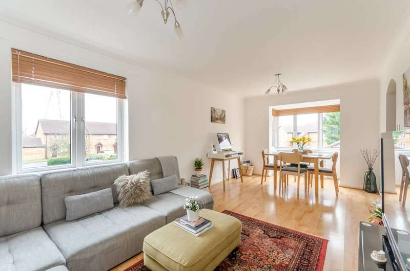 2 Bedrooms Flat for sale in Kipling Drive, Wimbledon, SW19
