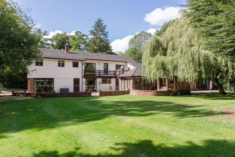 5 Bedrooms Detached House for sale in Timbers, Manley, WA6 9JN