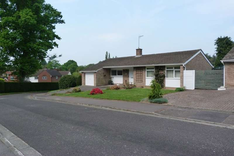 3 Bedrooms Detached Bungalow for sale in Knightsbridge Close, Tunbridge Wells, TN4