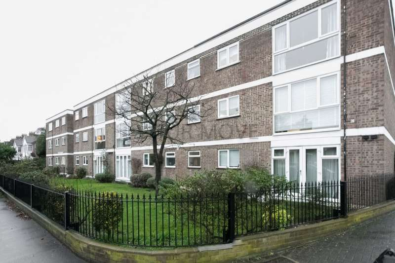 2 Bedrooms Flat for sale in The Avenue, London, E4