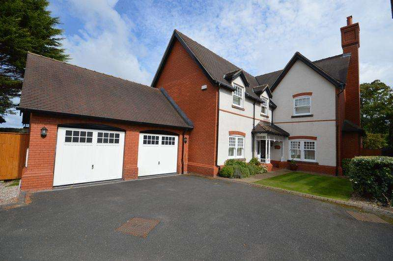 4 Bedrooms Detached House for sale in Leas Park, Hoylake