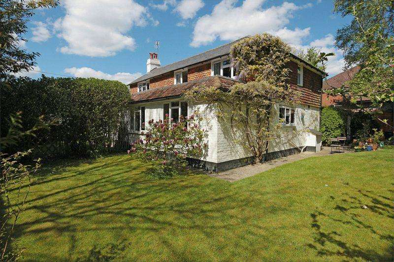4 Bedrooms Detached House for sale in Main Road, Hadlow Down, East Sussex