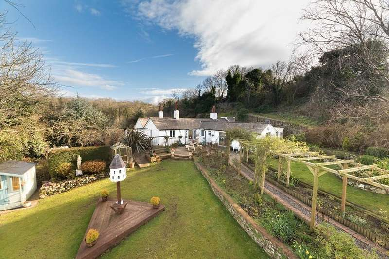 3 Bedrooms Cottage House for sale in Ffordd Bryniau, Meliden