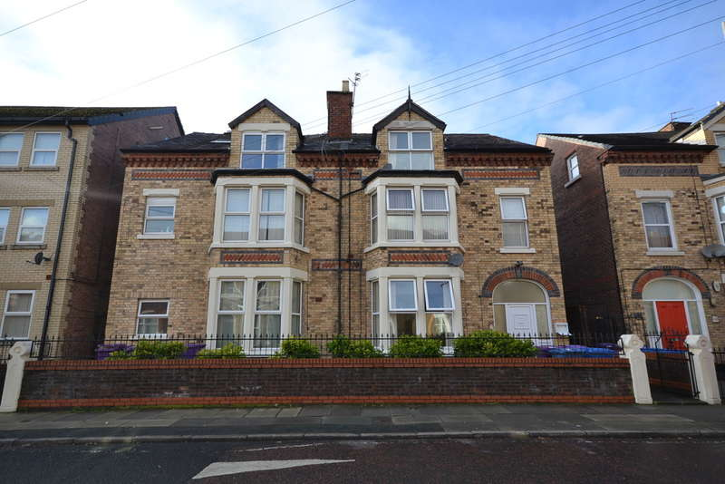 6 Bedrooms Semi Detached House for sale in Hartington Road, Liverpool, L8