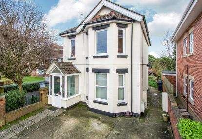 3 Bedrooms Maisonette Flat for sale in Bournemouth, Dorset