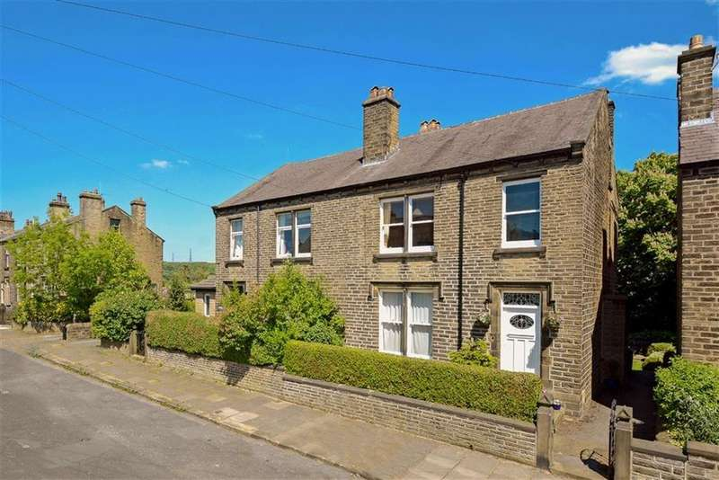 4 Bedrooms Semi Detached House for sale in Lea Street, Lindley, Huddersfield, HD3