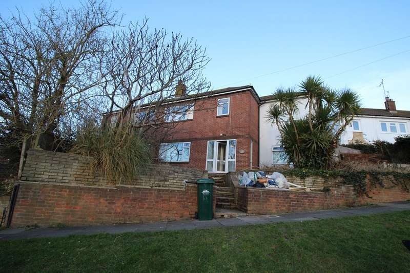 7 Bedrooms Semi Detached House for sale in Walmer Crescent, Brighton