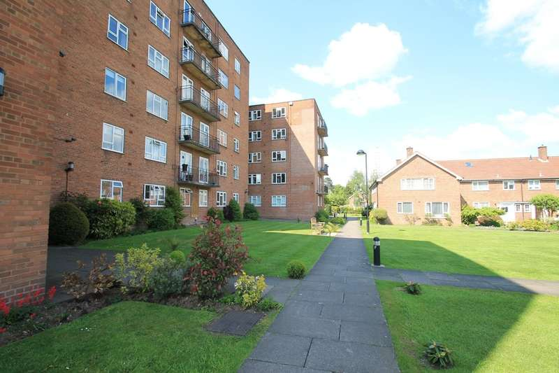 1 Bedroom Flat for sale in Griffin Court, West Drive, Edgbaston, B5 7RS