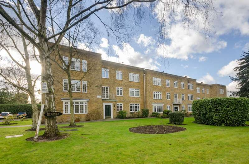 2 Bedrooms Flat for sale in Games Road, Cockfosters, EN4