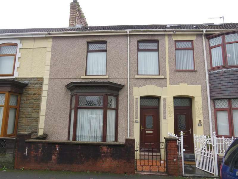 3 Bedrooms Town House for sale in Trinity Road, Llanelli