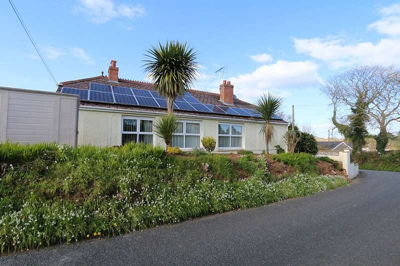 4 Bedrooms Detached Bungalow for sale in The Ridgeway, Penally, Tenby, Sir Benfro, SA70 7NT