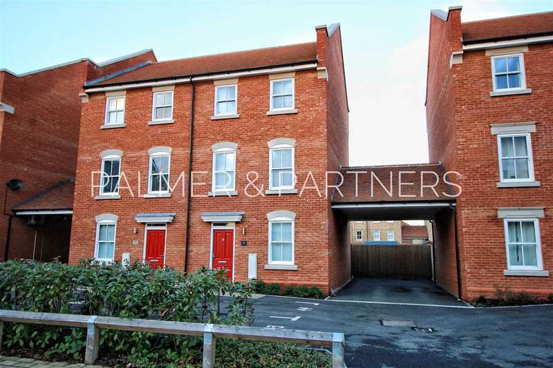 3 Bedrooms Town House for sale in Cavalry Road, Colchester