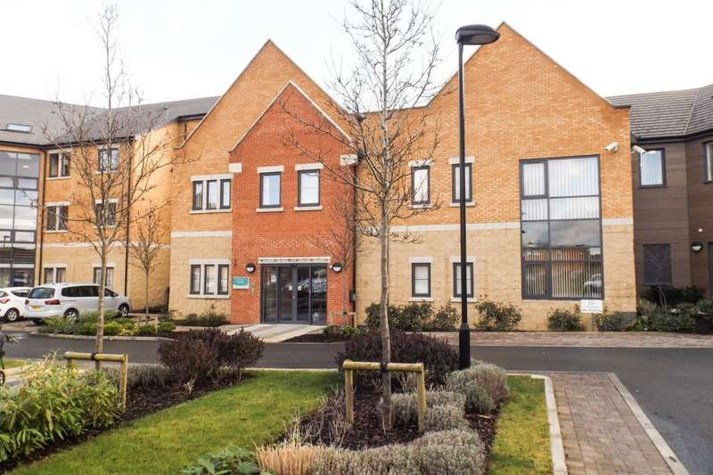 1 Bedroom Flat for sale in Oak View Way, Worcester, WR2