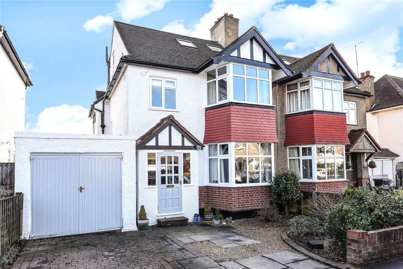 4 Bedrooms Semi Detached House for sale in Mount View, Rickmansworth, Hertfordshire, WD3