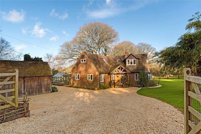 4 Bedrooms Detached House for sale in Churchfields, Witley, Godalming, Surrey, GU8