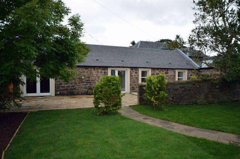 2 Bedrooms Cottage House for sale in The Byre , Knockdon, Maybole KA19 8EH