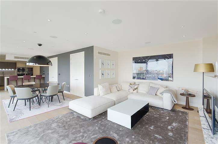 3 Bedrooms Flat for rent in Sterling Mansions, Leman Street, London, E1