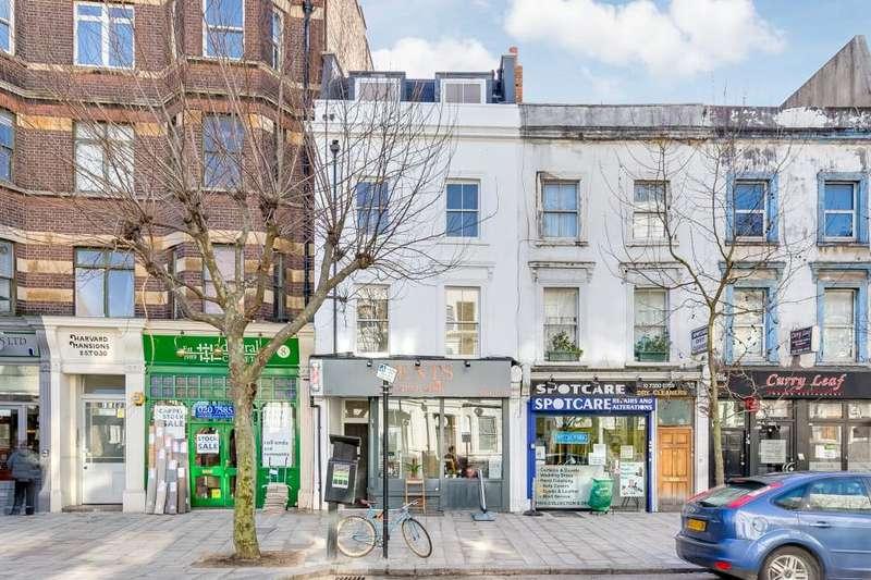 1 Bedroom Flat for sale in St Johns Hill, Battersea, SW11