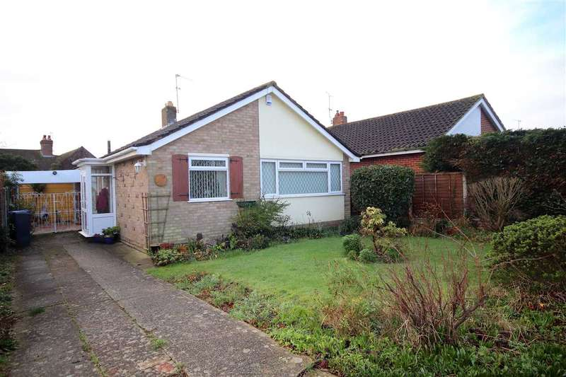 2 Bedrooms Bungalow for sale in Cleveland Road, Salvington, BN13