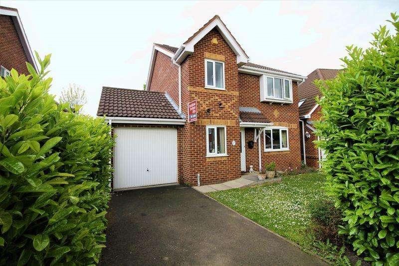 4 Bedrooms Detached House for sale in Broomleigh Close, Bebington