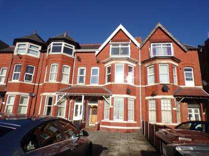 6 Bedrooms House for sale in York Terrace, Southport, Lancashire, Uk, PR9