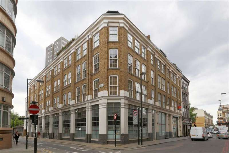 2 Bedrooms Flat for sale in Lever Street, Old Street