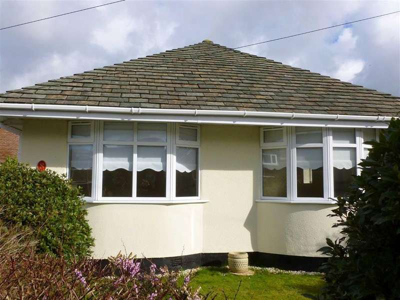 3 Bedrooms Detached Bungalow for sale in Ranleigh Drive, Newburgh, WN8