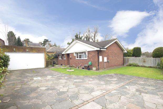 3 Bedrooms Bungalow for sale in Epsom, Surrey, England