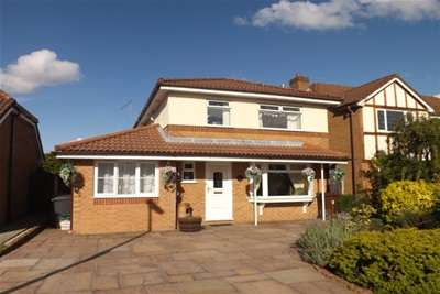 4 Bedrooms Detached House for rent in Ridgeway, Lowton WA3